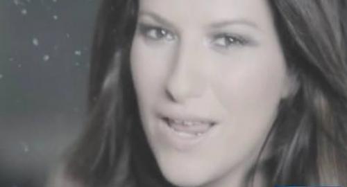 Laura Pausini: a Tgcom24 presenta Celeste, l'album dedicato alla figlia